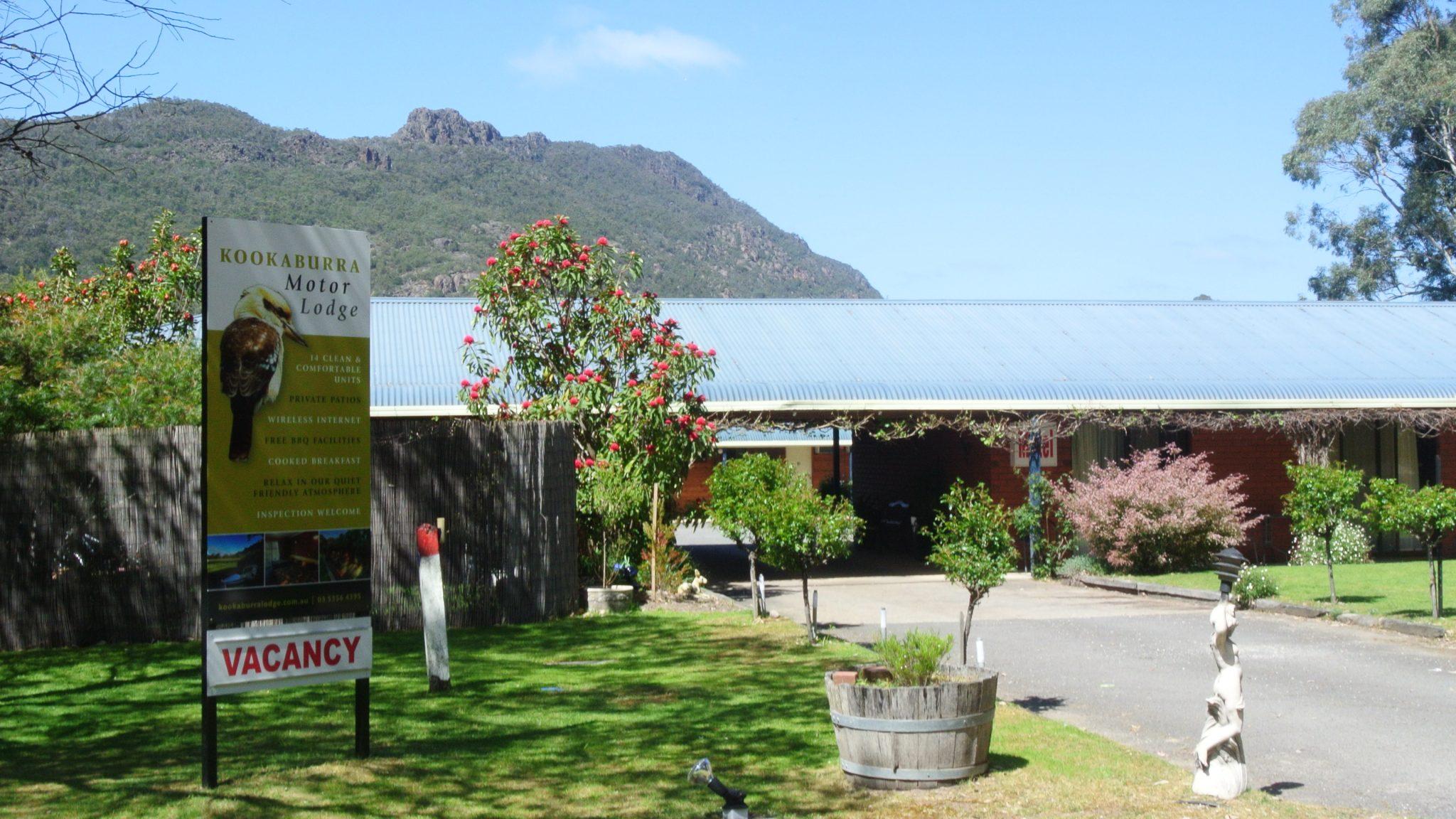 Kookaburra Motor Lodge Halls Gap Tourisim